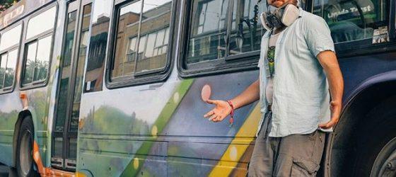 Monk.E a complètement «graffé» un bus de la STM qui prendra la route aujourd'hui