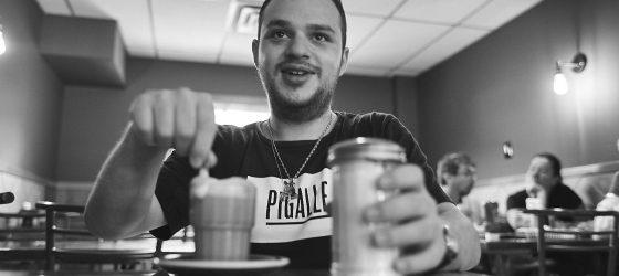 Le rappeur québécois Rowjay est réellement Hors Catégorie