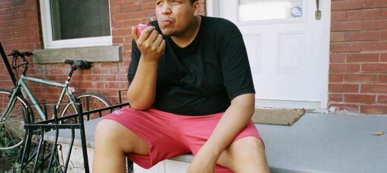 Le rappeur Snail Kid est en vedette dans la série «Dominos»