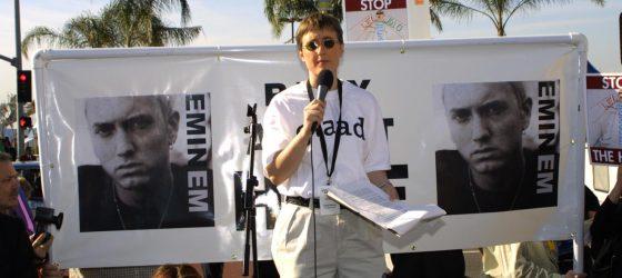 Des féministes demandent à Spotify de boycotter Eminem