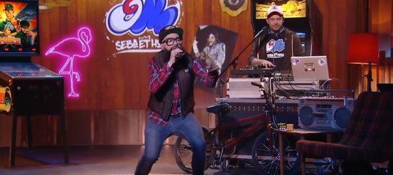Seba et Horg interprètent «Vintage à l'os» à l'émission télé de Stéphane Rousseau