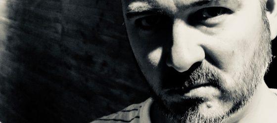 10 questions posées à un ancien rappeur québécois : entrevue avec 2 Faces