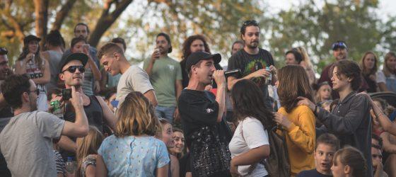 Photos : Alaclair Ensemble a donné un spectacle dans une ruelle d'Hochelaga un jeudi soir
