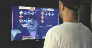 Des concepteurs de jeux ont lancé une version rap queb de Dance Dance Revolution