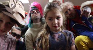 Syme prouve toute son originalité dans ce nouveau clip avec St-Saoul et Suspek-T