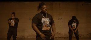 Izzy-S lance un vidéoclip avec Tizzo de la pièce «Dang»