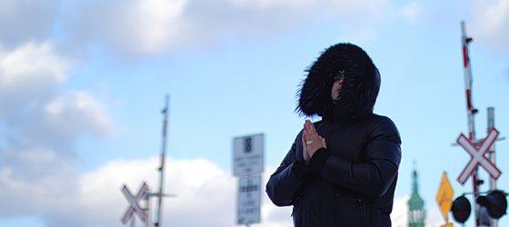 Avec son premier album, Babylone Rechargé, Loussa veut défendre son rap aux quatre coins du Québec