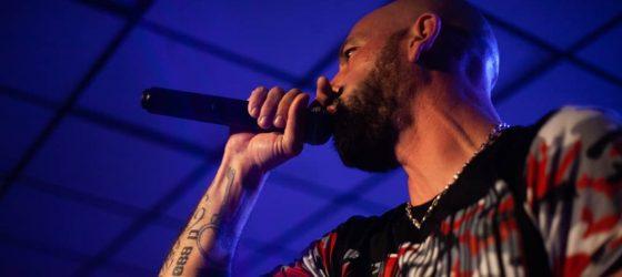 Souldia interprète « Paisible violence » avec Sinik à Québec [vidéo]