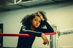Entrevue : Naya Ali n'hésitera pas à défoncer les portes