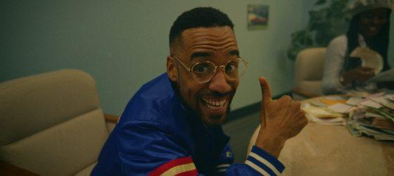 Le premier livre du rappeur KNLO sera composé de ce qui ne «fittait» pas sur son dernier album