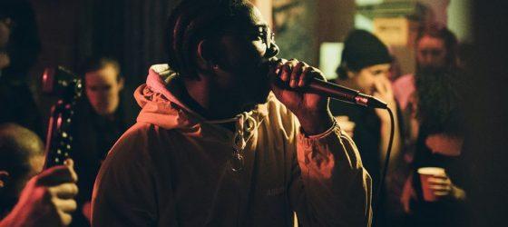 Les Louanges s'offre le rappeur Maky Lavender en première partie de son MTelus