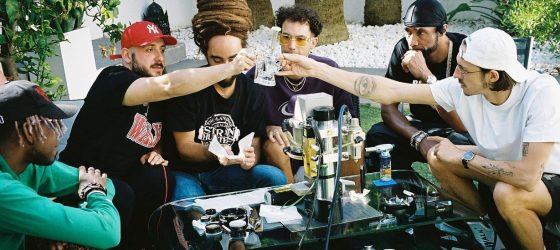 Roi Heenok aux côtés de Roméo Elvis, Lomepal et Big Flo & Oli sur la BO de High et Fines Herbes