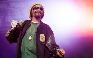 Snoop Dogg s'associe à Beyond Meat pour offrir un million de burgers vegan aux hôpitaux américains