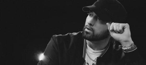 Eminem publie des versions HD de tous les clips de The Marshall Mathers LP pour célébrer les 20 ans de l'album