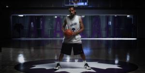 KNLO offre une démonstration de basket façon réalité augmentée pour Moment Factory