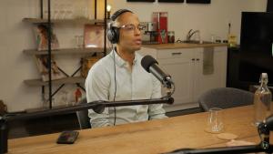 Au podcast Sans Filtre, Webster vulgarise avec brio les tensions actuelles aux États-Unis