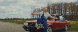 FouKi et Jay Scøtt se croisent le temps d'un roadtrip dans le vidéoclip «Copilote»