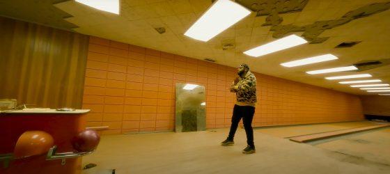 La chanteuse Eli Rose fait équipe avec Imposs dans un clip entièrement filmé avec un drone